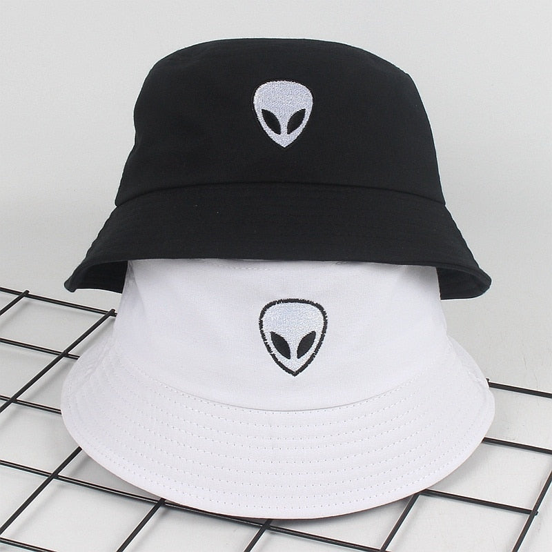 """Alien"" Bucket Hat"
