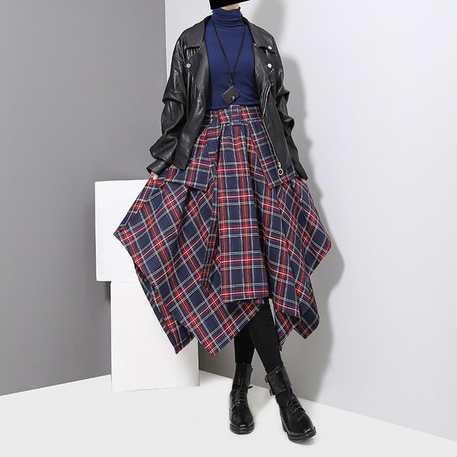 """PLAID DESIGNER'S DRESS"""