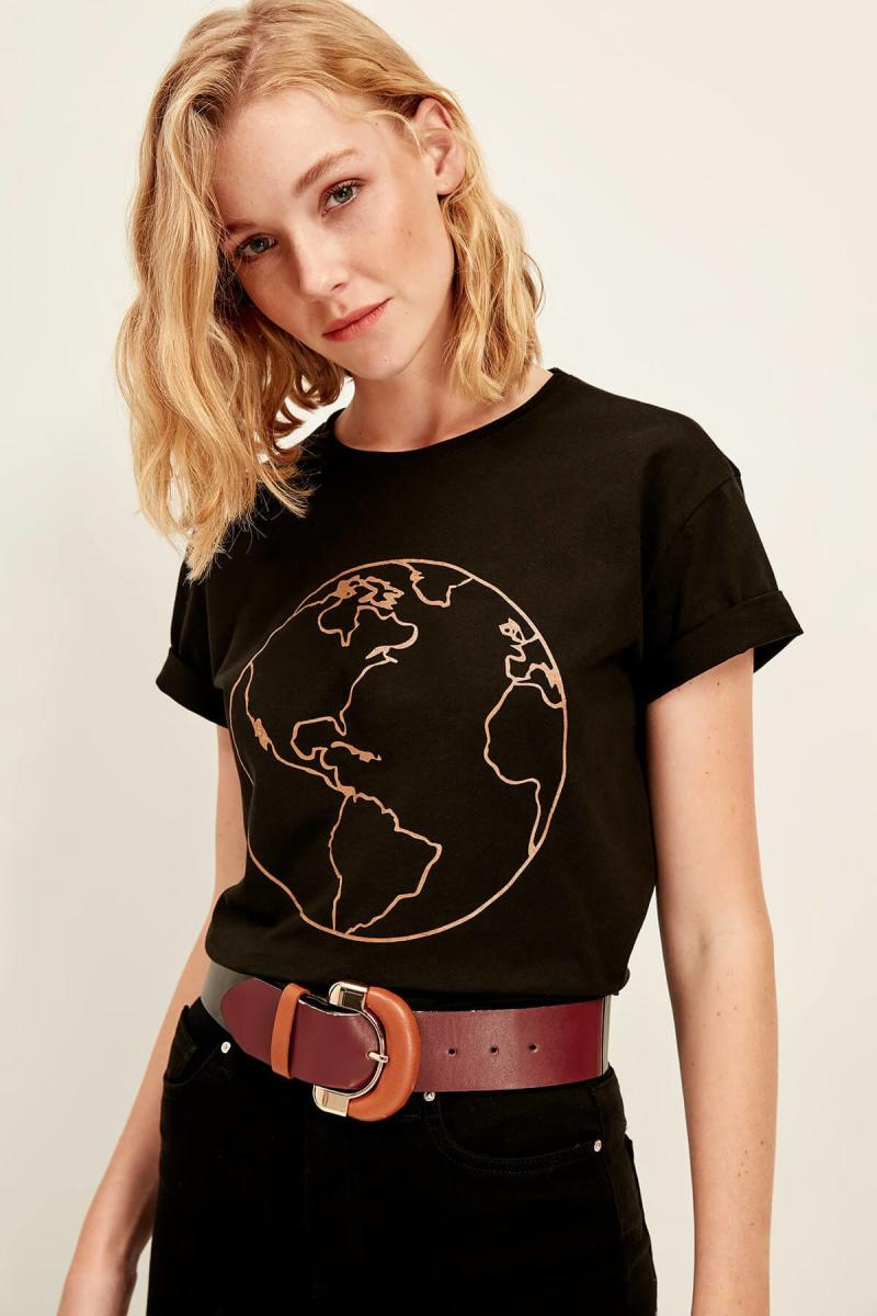 """Earth Drawing"" TEE"