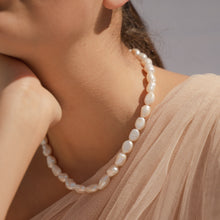 Load image into Gallery viewer, Baroque Pearl Choker Necklace