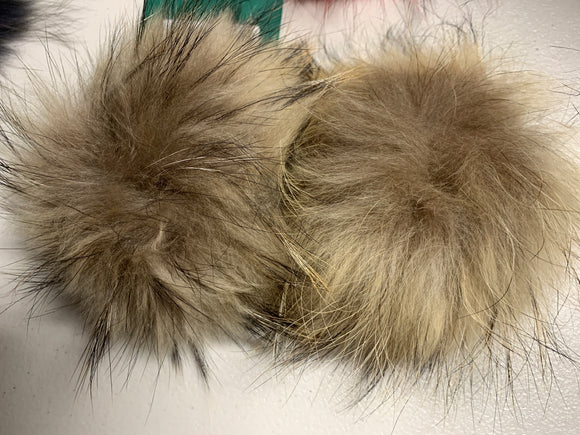 Natural Light Real Fur Pom Pom with Snap
