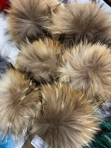 Natural Real Fur Pom Pom with Snap