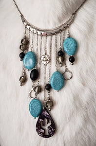 White Buffalo Turquoise Raindrop Collar Necklace