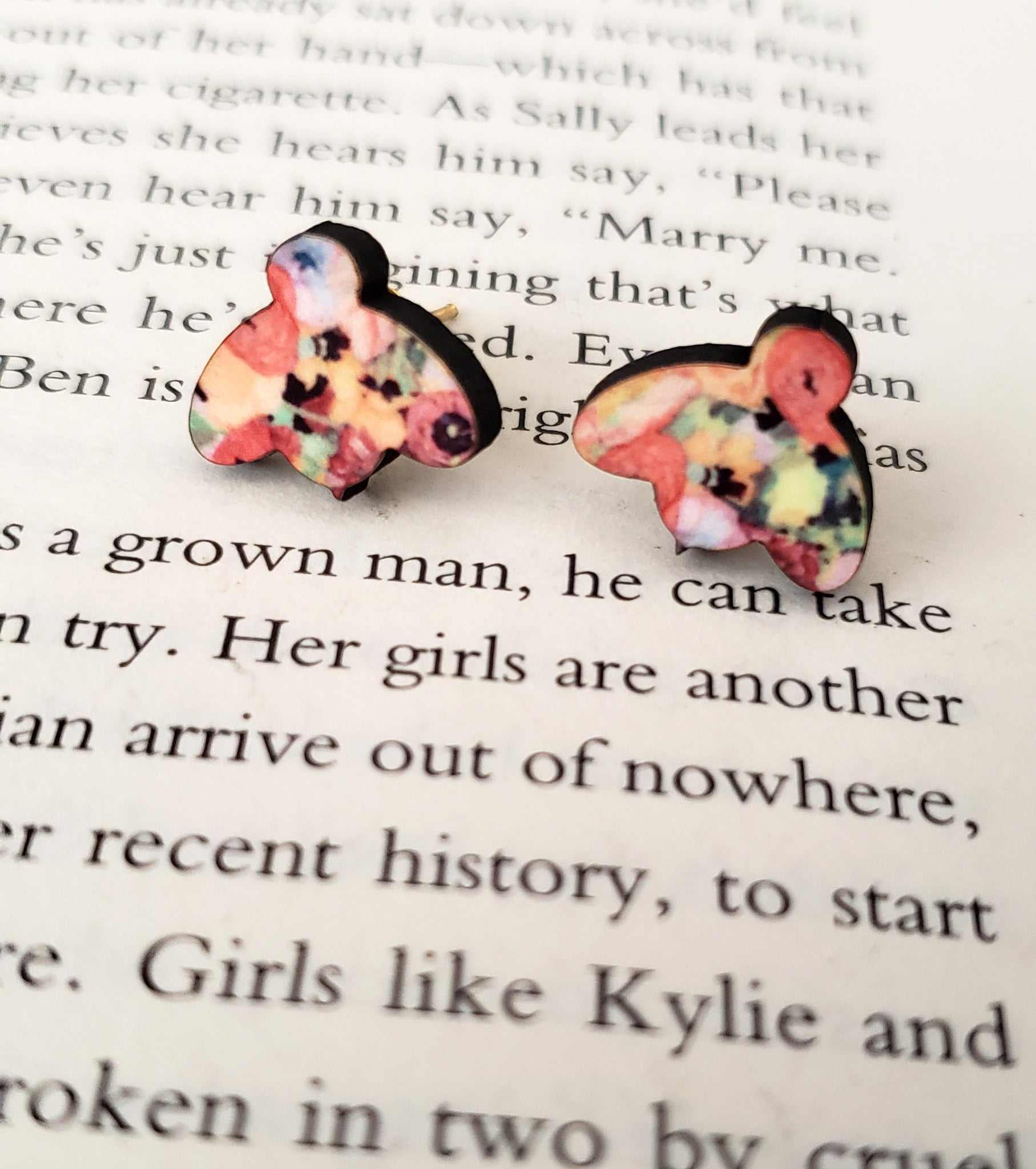 Spring Poppy Bee Earrings