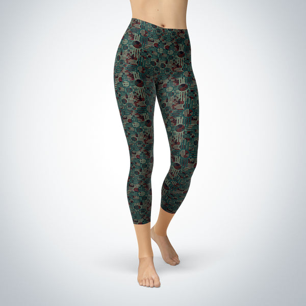 Zia Crosses Capri Leggings