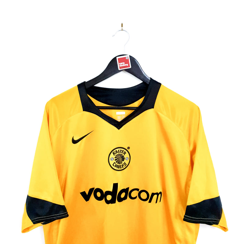 TSPN Calcio - Kaizer Chiefs home football shirt 2004/05