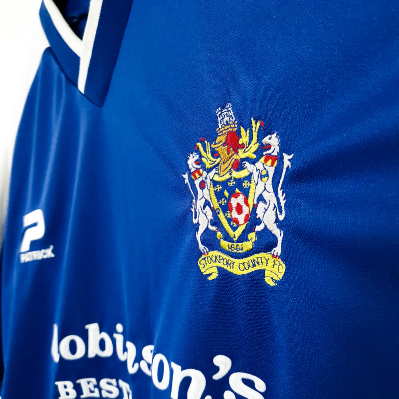TSPN Calcio - Stockport County home football shirt 2001/02