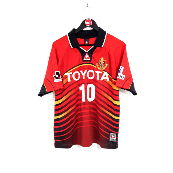 Nagoya Grampus Eight home football shirt 2001