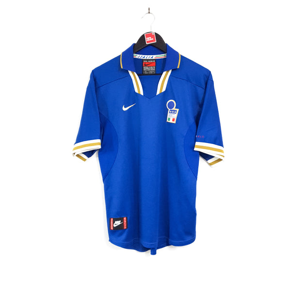 Italy home football shirt 1996/97
