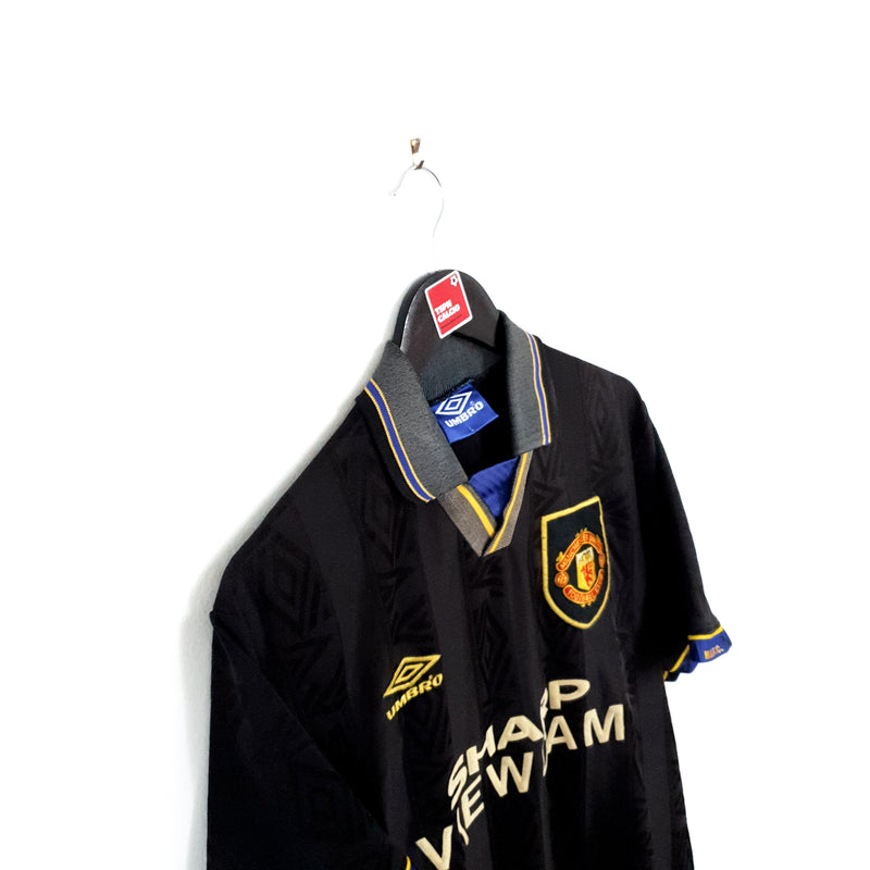 Manchester United away football shirt 1993/95
