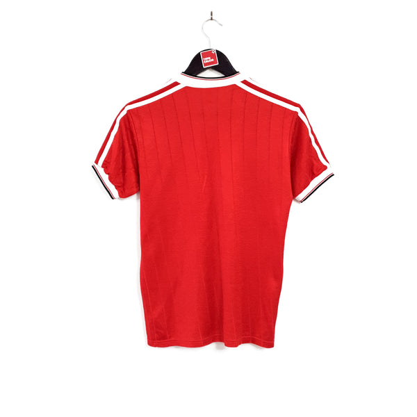 Manchester United 'FA Cup Winners' home football shirt 1982/84