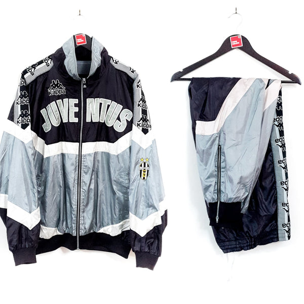 Juventus full football tracksuit 1995/97