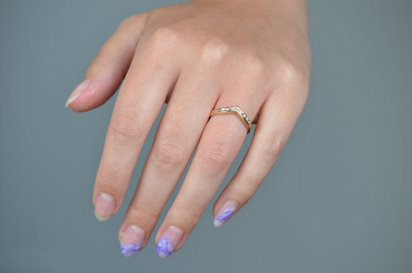 Soft Vintage Scalloped Chevron Ring