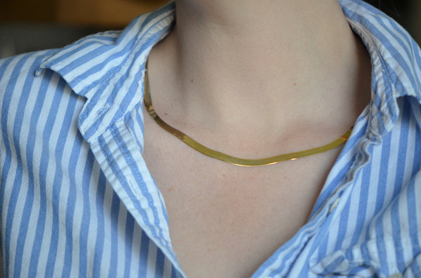 Slithering Vintage Herringbone Necklace