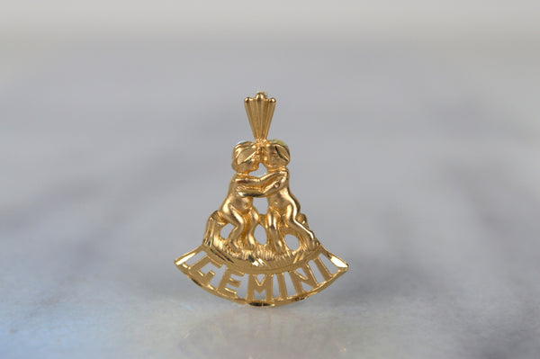 Soft Estate Gemini Pendant