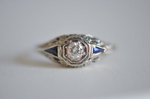 Superb Diamond and Sapphire Art Deco Ring
