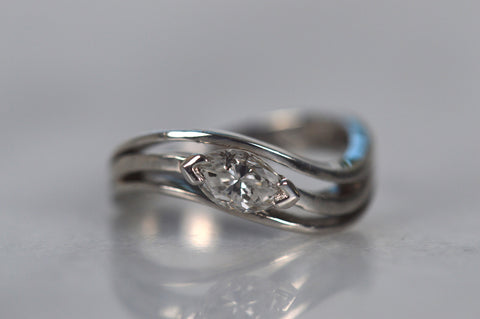 Elegant Vintage Marquise Solitaire Ring
