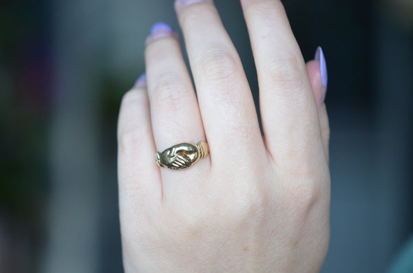 Charming Estate Fede Ring