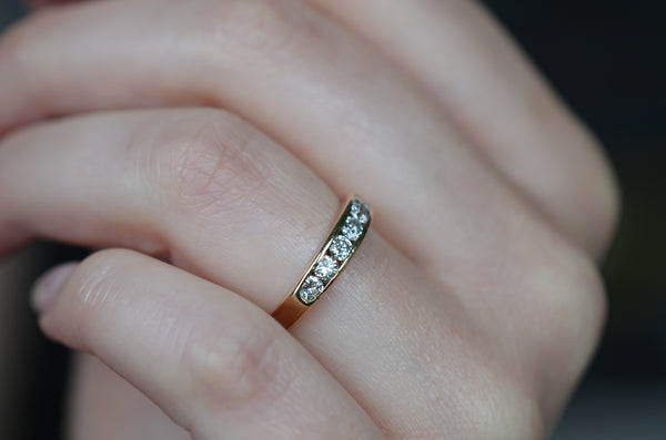 Easy Vintage Diamond Channel Band
