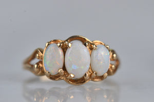 Detailed Vintage Opal Trilogy Ring