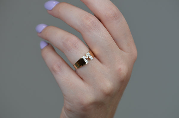 Everyday Vintage M Diamond Ring