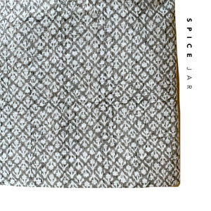 New blockprint kantha quilt | Double size 220x250cm | Cream & light grey color