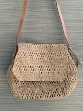 Load image into Gallery viewer, MadeinMada | Laurette Bag | Natural