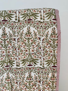 Summer blanket | Cotton quilted | White, peach and green flowers
