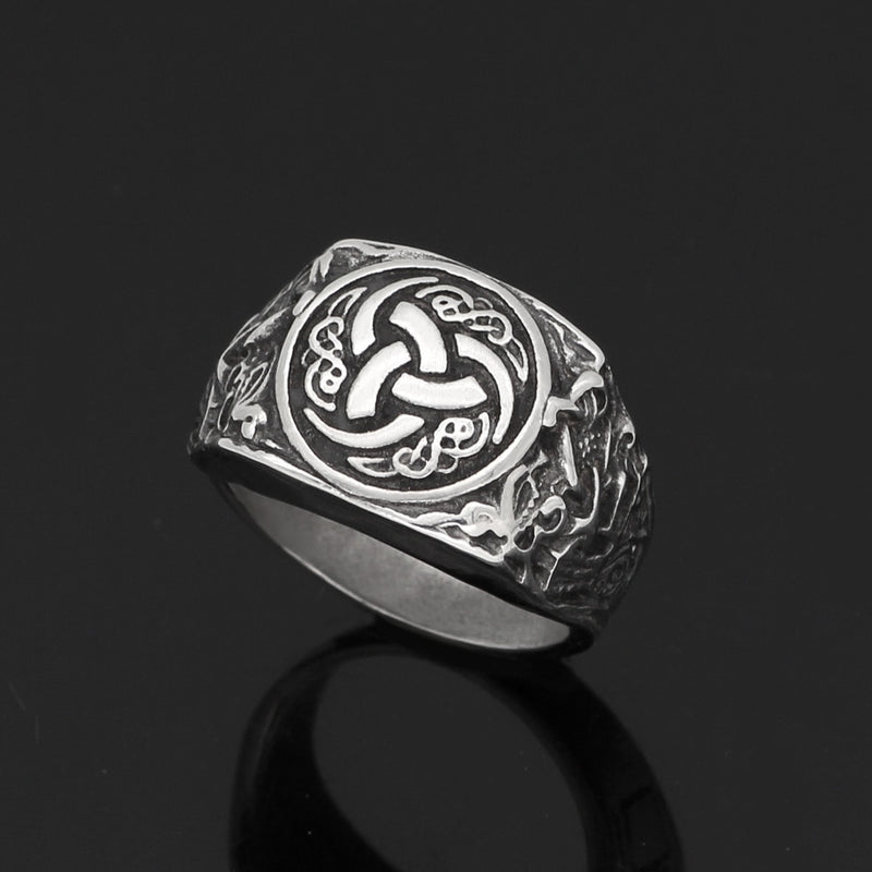 Pride Viking: Norse Jewelry Odin's Horn Ring