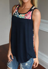 Load image into Gallery viewer, Floral Splicing O-Neck Tank