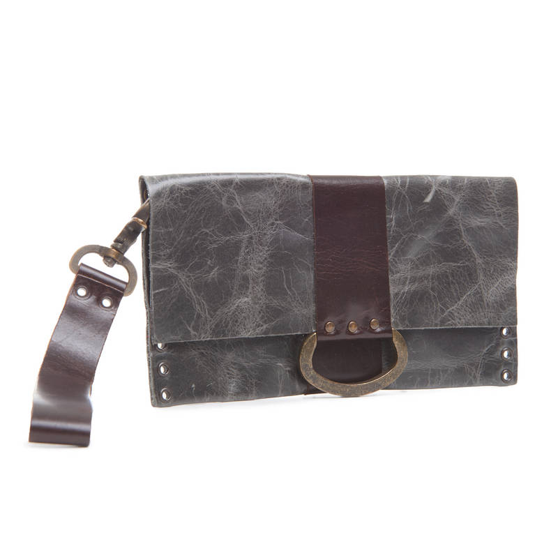 C5 D-ring wristlet clutch in grey leather