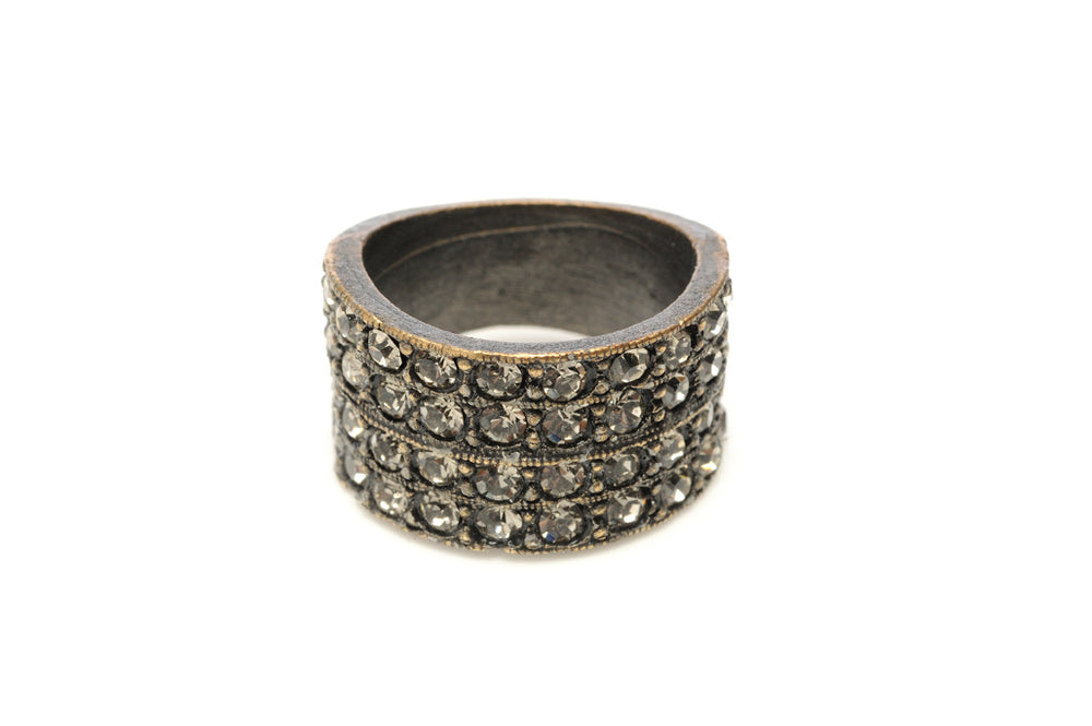 R11 4-row crystal band ring, black diamond