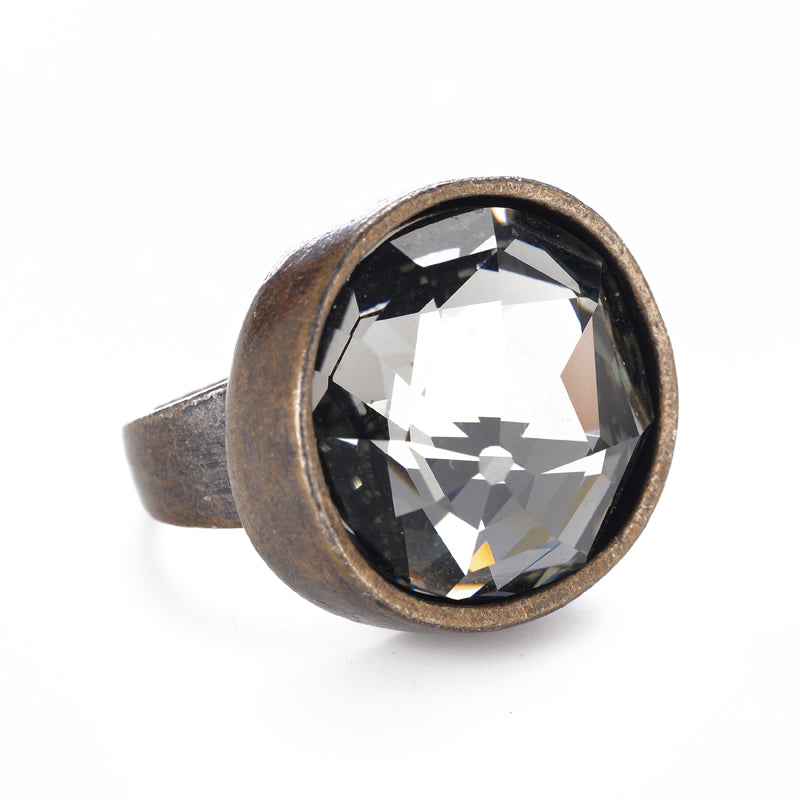R40 single crystal ring