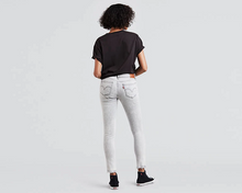 Load image into Gallery viewer, Levi's 711 Women's Jeans Skinny - The Denim House