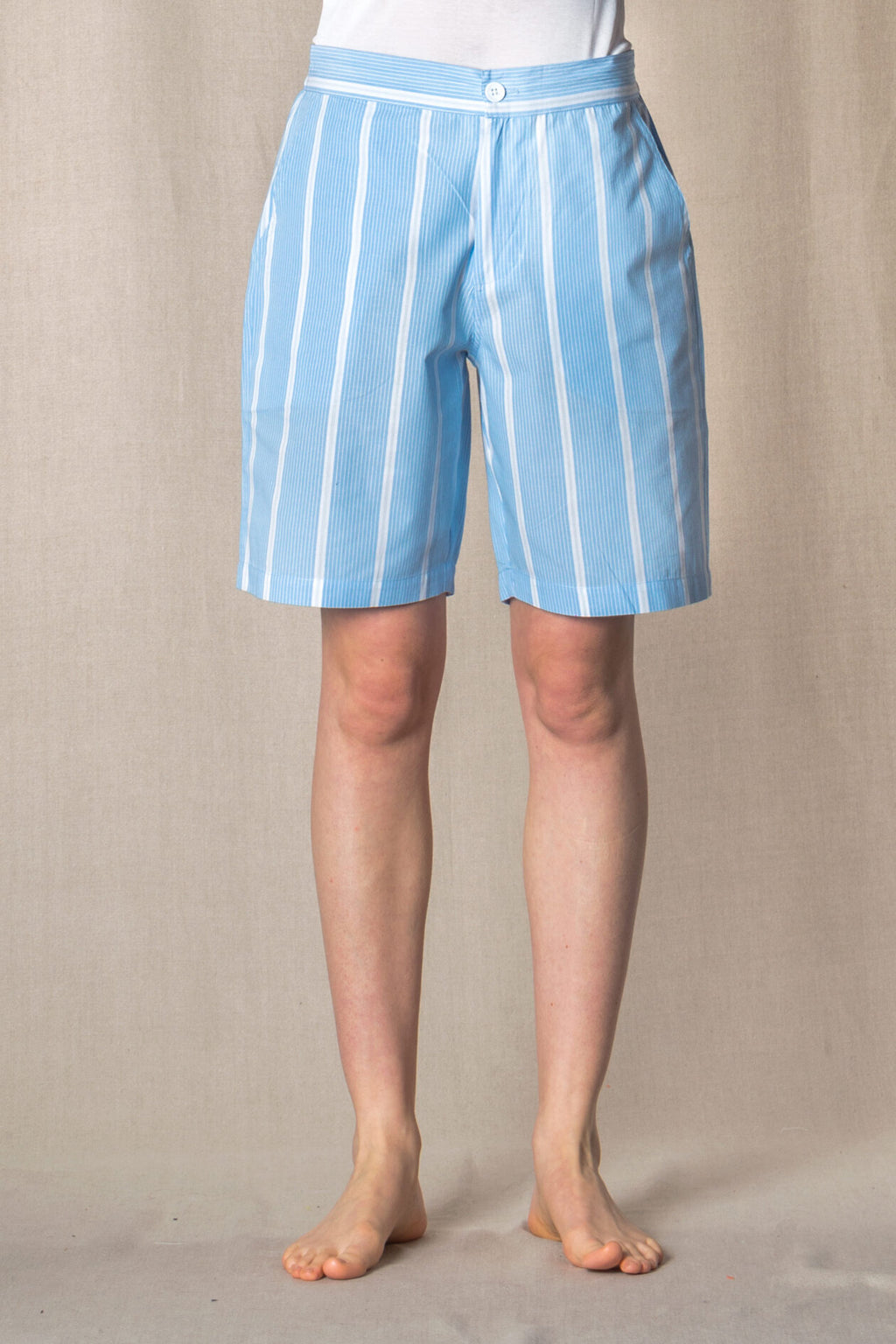 please buy this at : MATCHES FASHION : SHORTS College-S-Stripes & Piping       100%ᴾᵁᴿᴱ COTTON popeline       BLUE-Ice       Paris 1924 Olympics