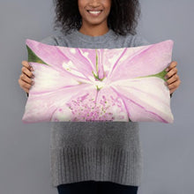 Load image into Gallery viewer, Decorative Pillow - Light pink Lily
