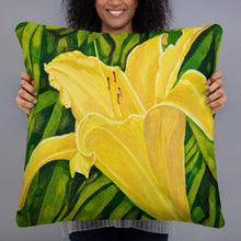 Load image into Gallery viewer, Decorative Pillow - Yellow lily - FREE SHIPPING