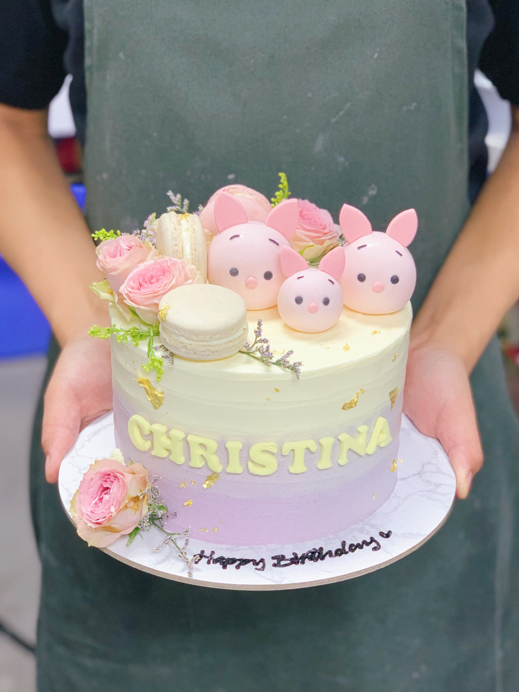 Ombre Floral and Macaron Cake with Piglets