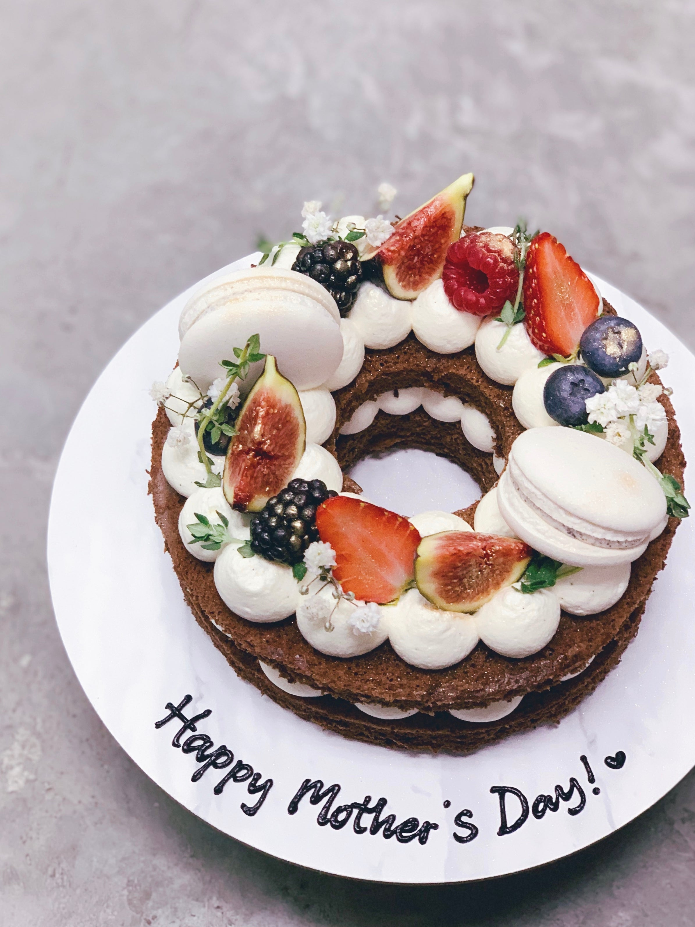 Rustic Fruit Wreath Cake