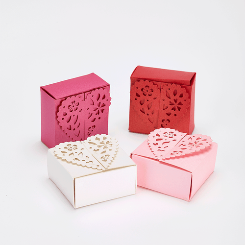 Romantic heart shaped favour boxes