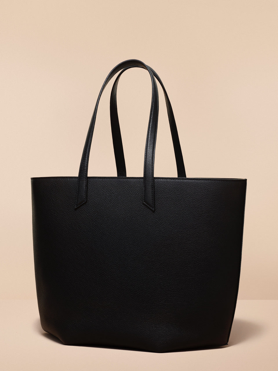 The Expert XL - Black Tech Handbag | BEE & KIN