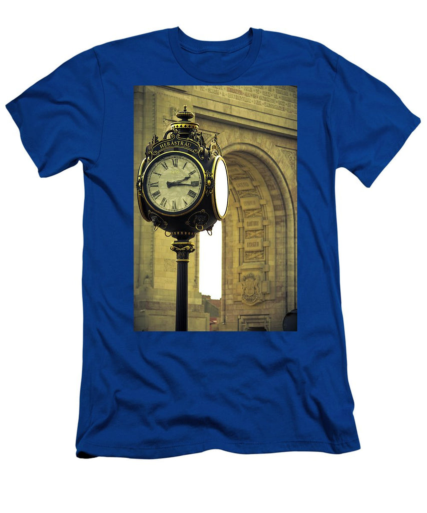 Back In Time 1459  - Men's T-Shirt (Athletic Fit)