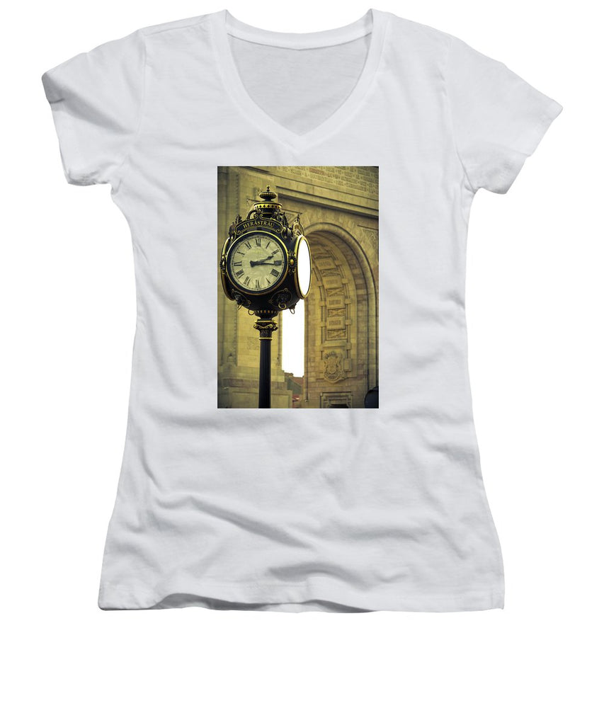 Back In Time 1459  - Women's V-Neck