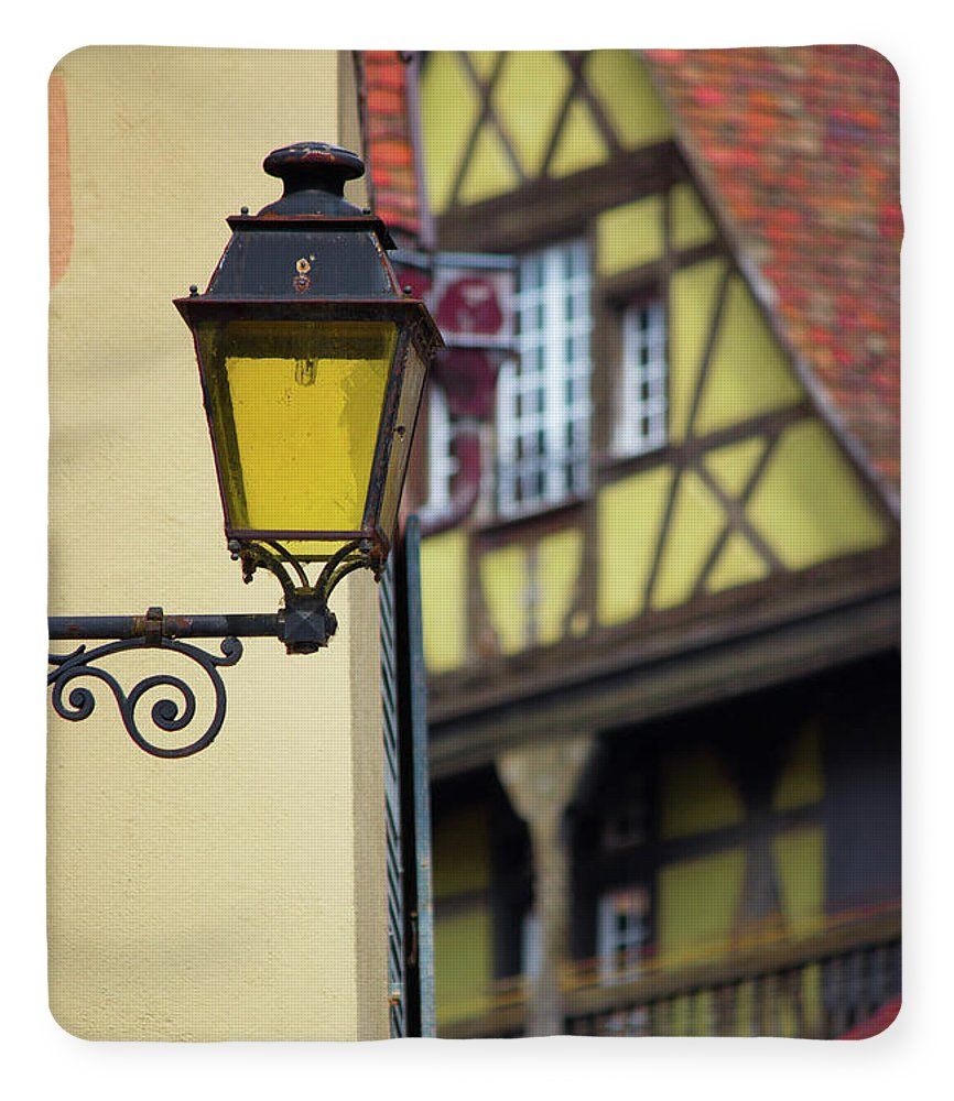City Features Of Colmar - Blanket