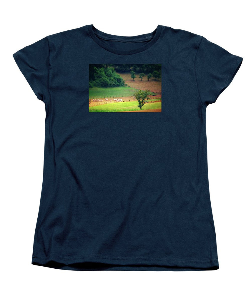 Countryside Landscape - Women's T-Shirt (Standard Fit)