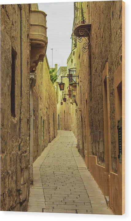 On The Streets Of Malta - Wood Print