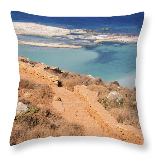 Pathway To The Sea - Throw Pillow
