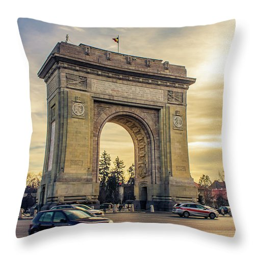 Triumphal Arch Bucharest - Throw Pillow