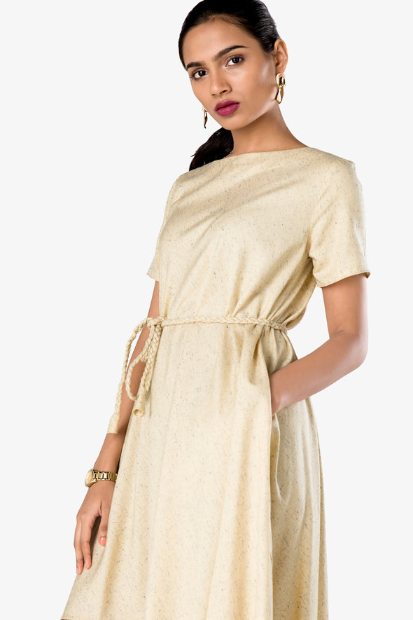beige outfit for women