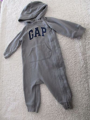 Gap 6-12 months Gray Sleeper